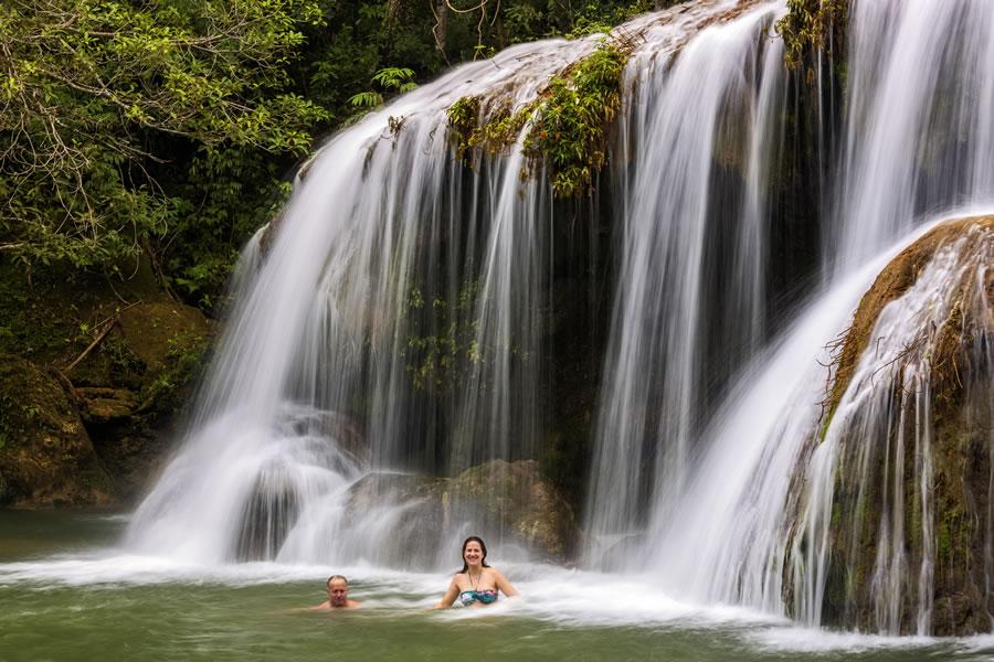 Passeio de Cachoeiras na Estância Mimosa