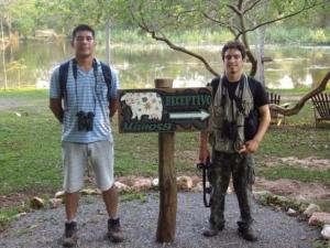 Observação de aves atrai estudante recém formado à Estância Mimosa
